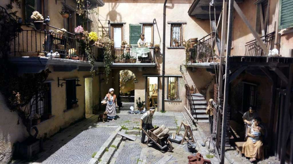 I presepi napoletani, romani, popolari, moderni, spagnoli, palestinesi di Bergamo 2016