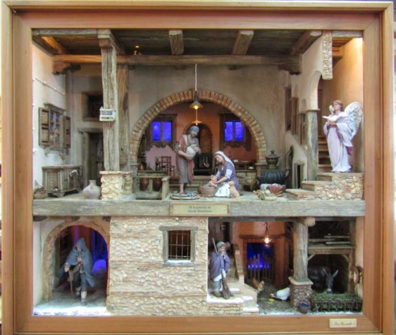 Presepe di Pino Bozzarelli - statue Montserrat