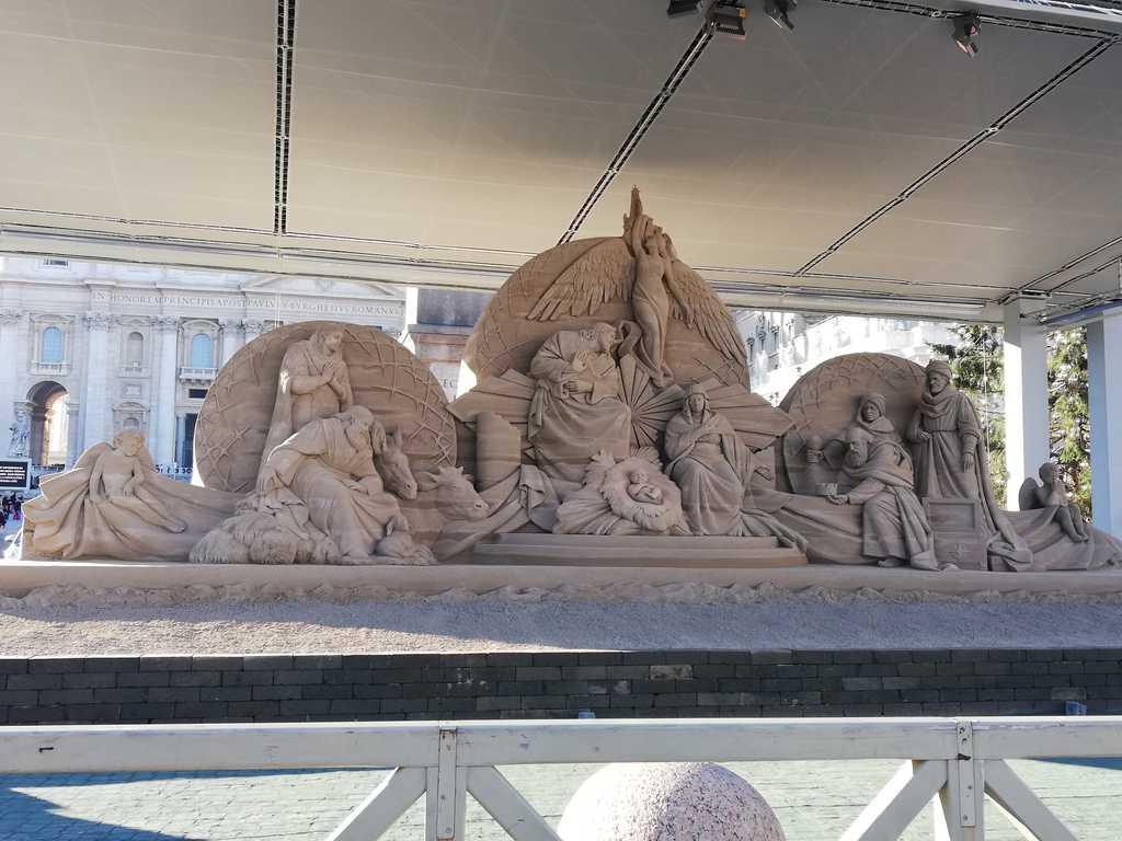 Il presepio di sabbia in piazza San Pietro - Foto di Rosanna Romagnoli - Roma 2018
