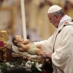 "Il Papa:""Superare ingordigia, troppi senza pane"""