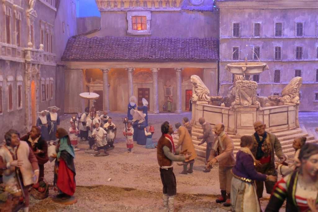 Particolare del Presepio raffigurante la piazza S. Maria in Trastevere - esposto nella chiesa santi aquila e priscilla a Roma.