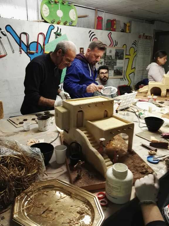 """Corso pratico di arte presepiale del """"Gruppo Firenze, Prato e dintorni"""""""