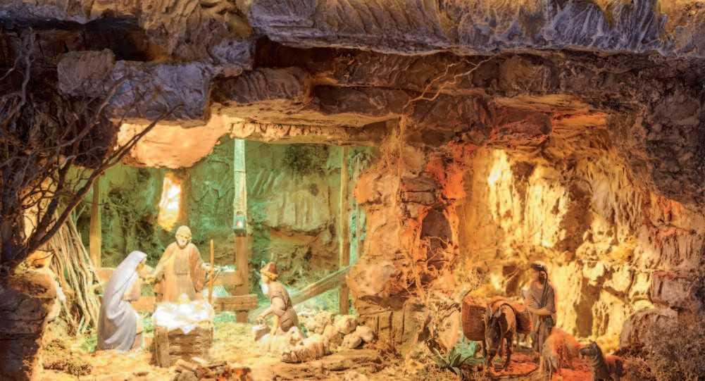 Natività nella Grotta Presepio autore Romano Bertola di Romano Lombardia (BG)